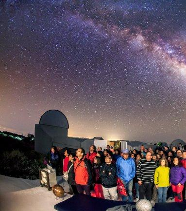"""Exploring the Universe"", a course of astronomy for secondary school teachers"