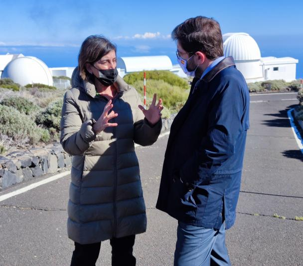 Casiana Muñoz-Tuñon and Manuel Muñiz Villa at the Teide Observatory