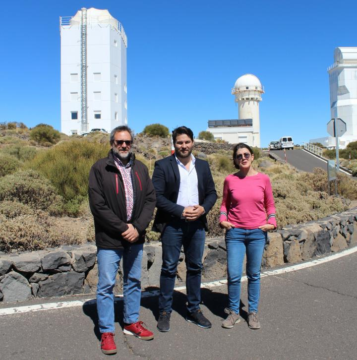The manager of the Teide Observatory, the mayor of Güímar and the deputy director of the IAC at Teide Observatory.